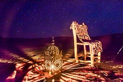 Evening under the stars at the camp of Iguidi Tours