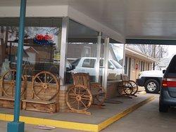 Annie Oakley Motel