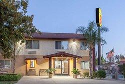 Super 8 by Wyndham Selma/Fresno Area