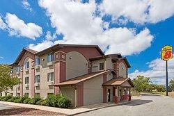 Super 8 by Wyndham Lexington Park/California Area