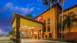Best Western Plus Universal Inn