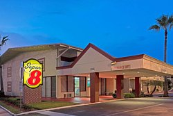 Super 8 by Wyndham Melbourne