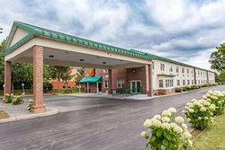 Super 8 by Wyndham Syracuse East
