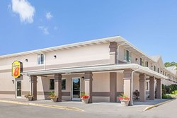Super 8 by Wyndham Richlands/Claypool Hill Area