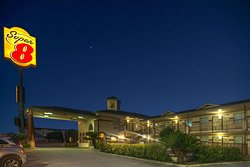 Super 8 by Wyndham New Braunfels TX