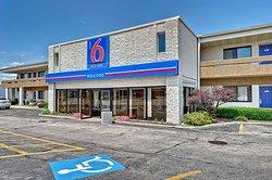 Motel 6 Chicago West - Villa Park