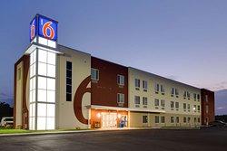 Motel 6 Poplar Bluff, MO