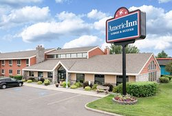 AmericInn Lodge & Suites Bemidji