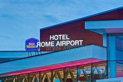 호텔 마하 2 로마 공항