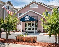 Suburban Extended Stay Hilton Head