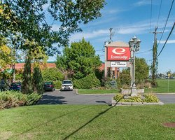 Econo Lodge Brossard