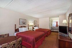 Days Inn by Wyndham Hurricane Mills
