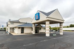 Motel 6 Crawfordsville