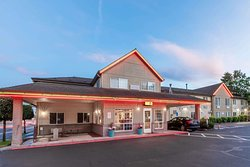 Super 8 by Wyndham Gresham/Portland Area OR