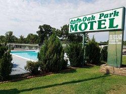 Oak Park Motel