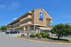 Americas Best Value Inn - Pittsburgh Airport