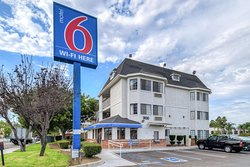 Motel 6 Escondido