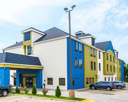SureStay Plus Hotel by Best Western Blue Springs