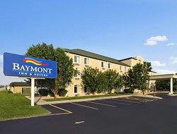 Baymont by Wyndham DeKalb