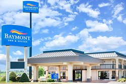 Baymont by Wyndham Clarksville Northeast