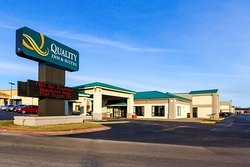 Quality Inn & Suites Moline – Quad Cities