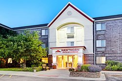 Hawthorn Suites by Wyndham Chicago Hoffman Estates