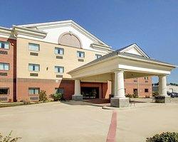 Red Lion Inn & Suites Byram