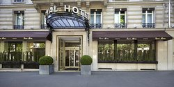 Royal Hotel Paris Champs Elysees