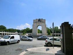 Monumento ai Caduti in guerra - Arco di Trionfo