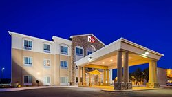 Best Western Plus Montezuma Inn & Suites