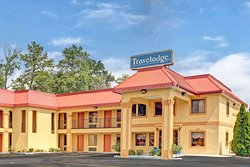 Travelodge by Wyndham Forest Park Atlanta South
