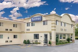 Travelodge by Wyndham Lima OH