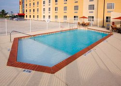 Red Roof Inn & Suites Beaumont