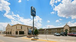 Best Western War Bonnet Inn