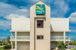 Quality Inn Syracuse Carrier Circle