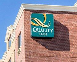 Quality Inn Floral Park
