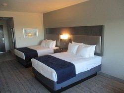 Best Western Plus Roland Inn & Suites