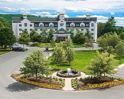 Comfort Inn & Suites Near Burke Mountain