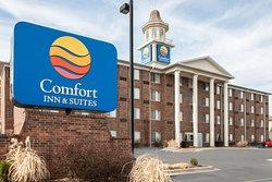 Comfort Inn+ Suites - Overland Park