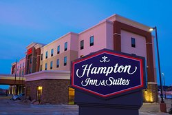 Hampton Inn & Suites Bismarck Northwest