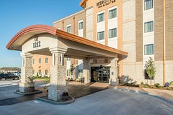 The Heritage Inn & Suites, an Ascend Hotel Collection Member