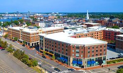 Hampton Inn & Suites Portsmouth Downtown