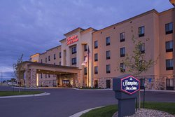 Hampton Inn & Suites Williston