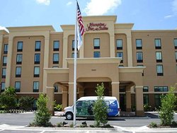 Hampton Inn & Suites Jacksonville-Airport