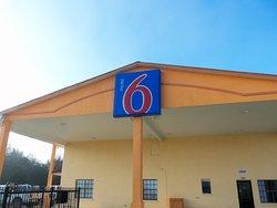 Motel 6 Giddings, TX