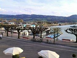 beautiful views of Lake Rapperswil.