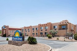 Days Inn by Wyndham Benson