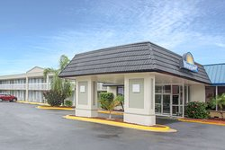 Days Inn by Wyndham Titusville Kennedy Space Center