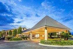 Days Inn by Wyndham Lake Park/Valdosta