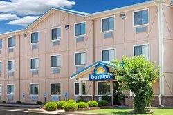 Days Inn by Wyndham Dyersburg